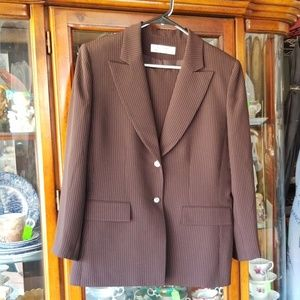 Tahari Business Suit Women's Size 14 Arthur S Levi